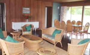 frenchmans-cove-3-bedroom-villa-01